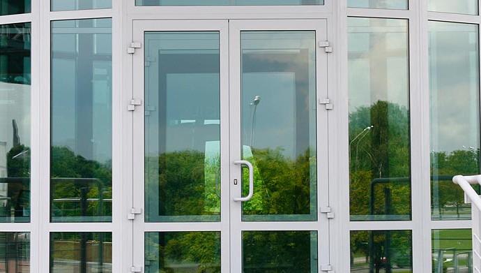 Пластиковые двери в Пензе
